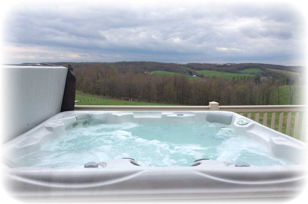 The-Loft-Hot-Tub.jpg